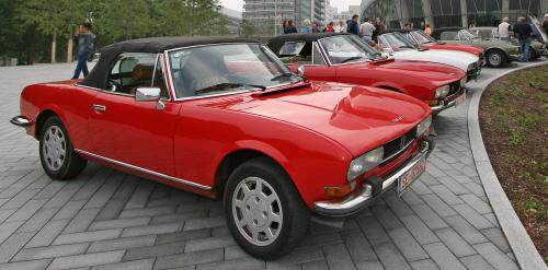 504cabrio 200807 in Mit stilvollen Klassikern nach St. Petersburg