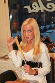 Bade-Isabell-5-177x267 in Hairdreams: Haarverlängerungs- und Haarverdichtungsprofis mit starkem Markenauftritt bei 25 Jahre Ammer Partys