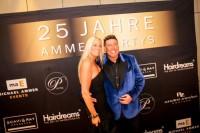 Michael-Ammer-mit-Freundin-Laura-400x2661-200x133 in Fotos und Fakten honorarfrei: 25 Jahre Ammer Partys