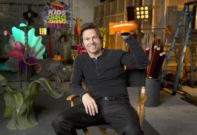 Mark-wahlberg in Mark Wahlberg führt durch das Programm der Nickelodeon Kids Choice Awards